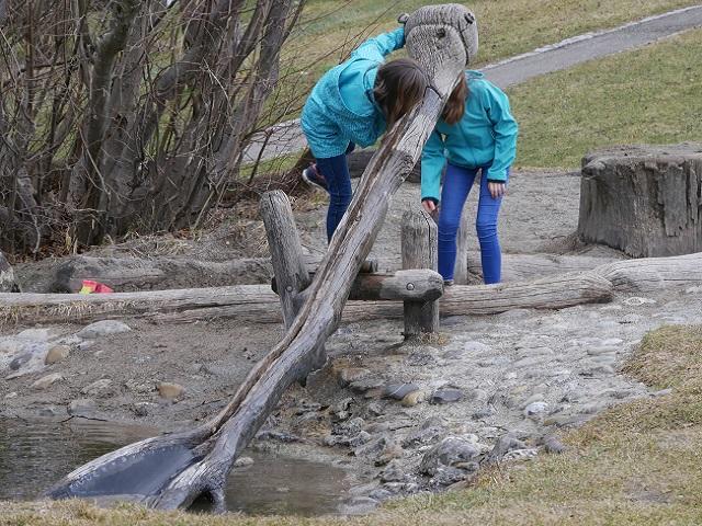 Wasserschöpfer am Spielplatz Bibertal