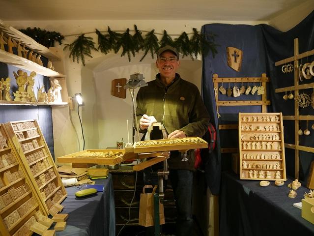Weihnachtsmarkt Schloss Kronburg - Stand mit Modeln für Springerle