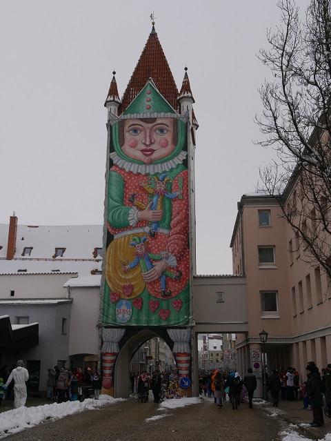 Oberes Tor in Mindelheim im Fasching - die Amme