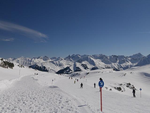 Winterwandern am Hohen Ifen - parallel zur Skipiste