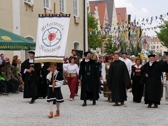 Gruppe Reformatio auf dem Festumzug beim Frundsbergfest Mindelheim 2018