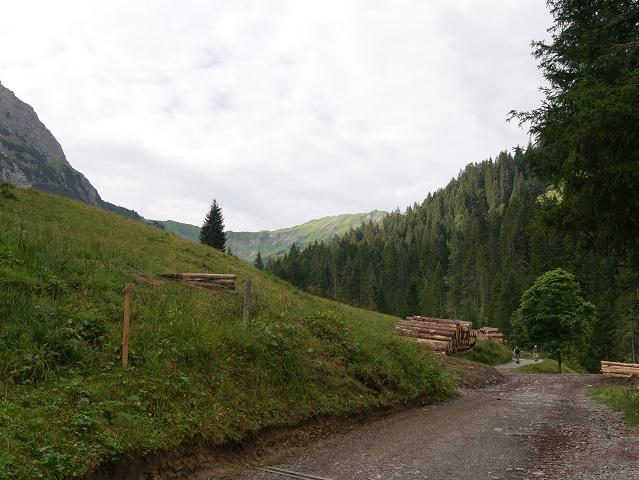Weg zur Bärgunthütte im Kleinwalsertal