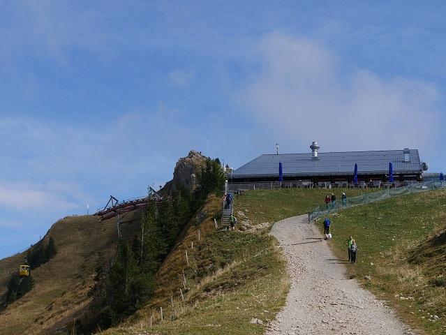 Aufstieg zur Bergstation der Hochgratbahn
