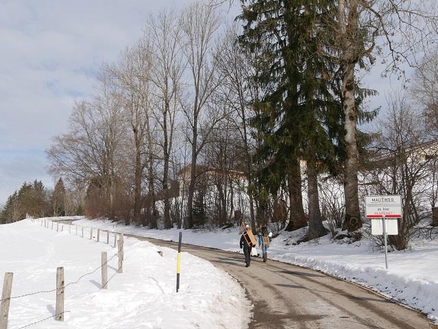 Anfang des Wanderwegs von Altstädten zur Alpe Sonthofer Hof