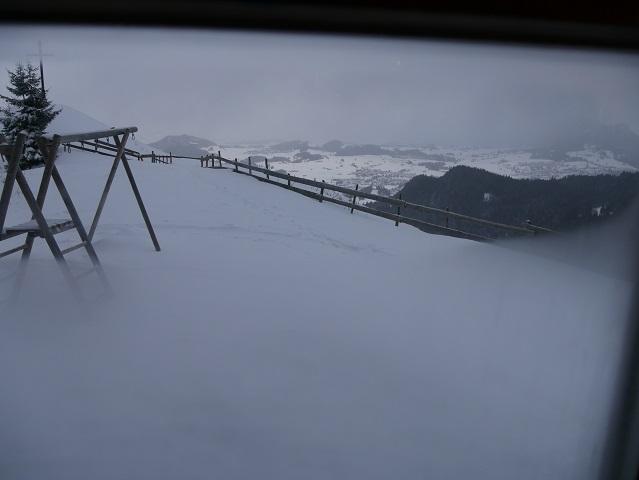 Blick aus der Gaststube der Kappeler Alp im Winter