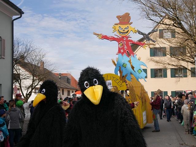 Faschingsumzug Obergünzburg 2019 - Raben und Vogelscheuche aus Litzen