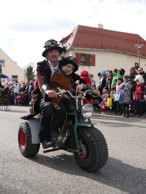 Faschingsumzug Obergünzburg 2019 - Steampunker 1