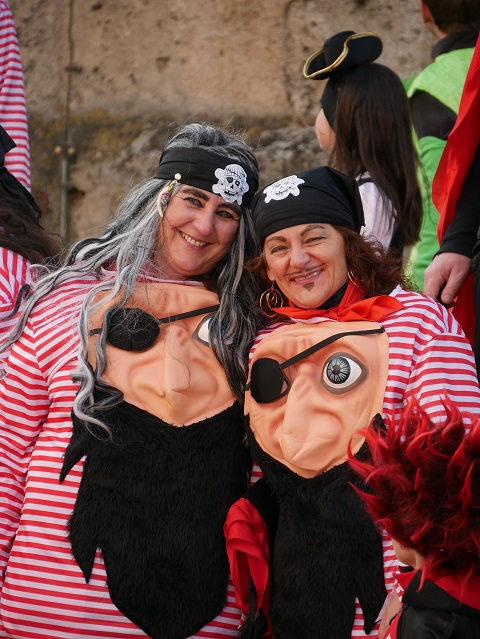 Faschingsumzug Obergünzburg 2019 - lustige Piraten ohne Hut