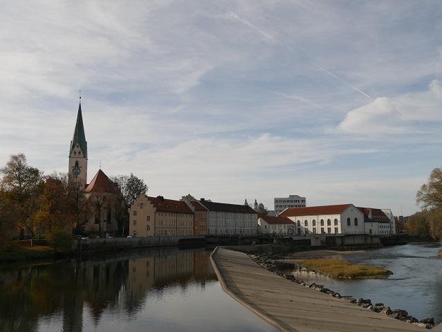 Blick über die Iller auf die Kemptener Altstadt