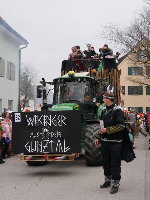 Günztal-Wikinger auf dem Faschingsumzug Obergünzburg 2020