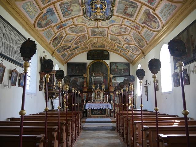 Innenansicht der Riedkapelle in Benningen