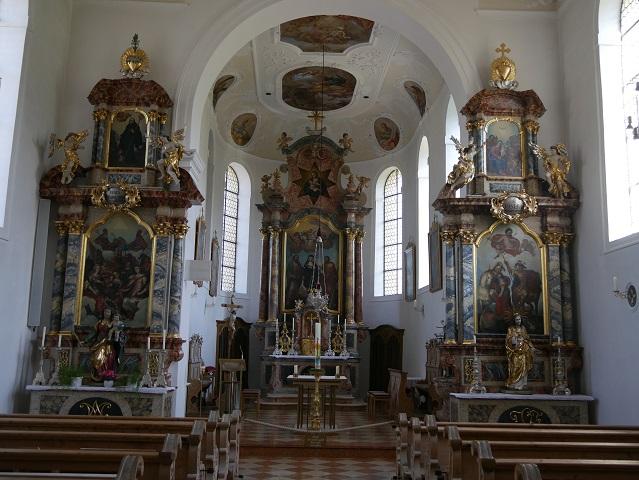 Innenraum der Pfarrkirche Weißensee