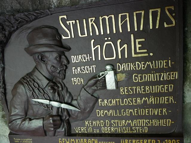 Schild am Eingang der Sturmannshöhle