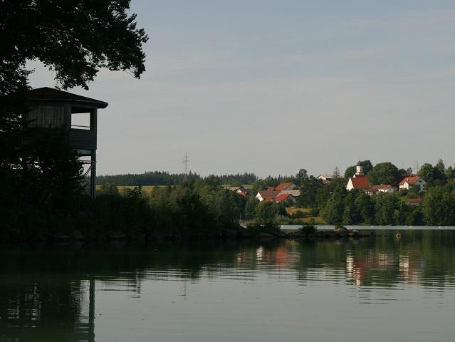Vogelbeobachtungsturm am Kardorfer Stausee