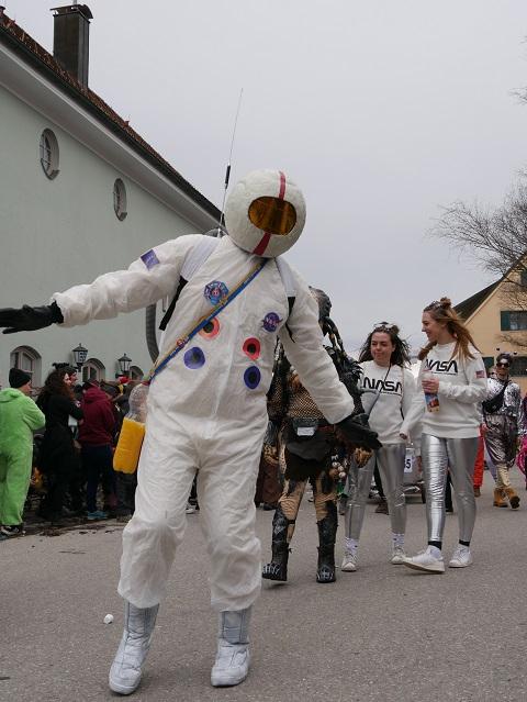 Astronaut im Fasching