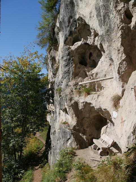 die Höhlen am Wildfräuleinstein bei Hinterstein