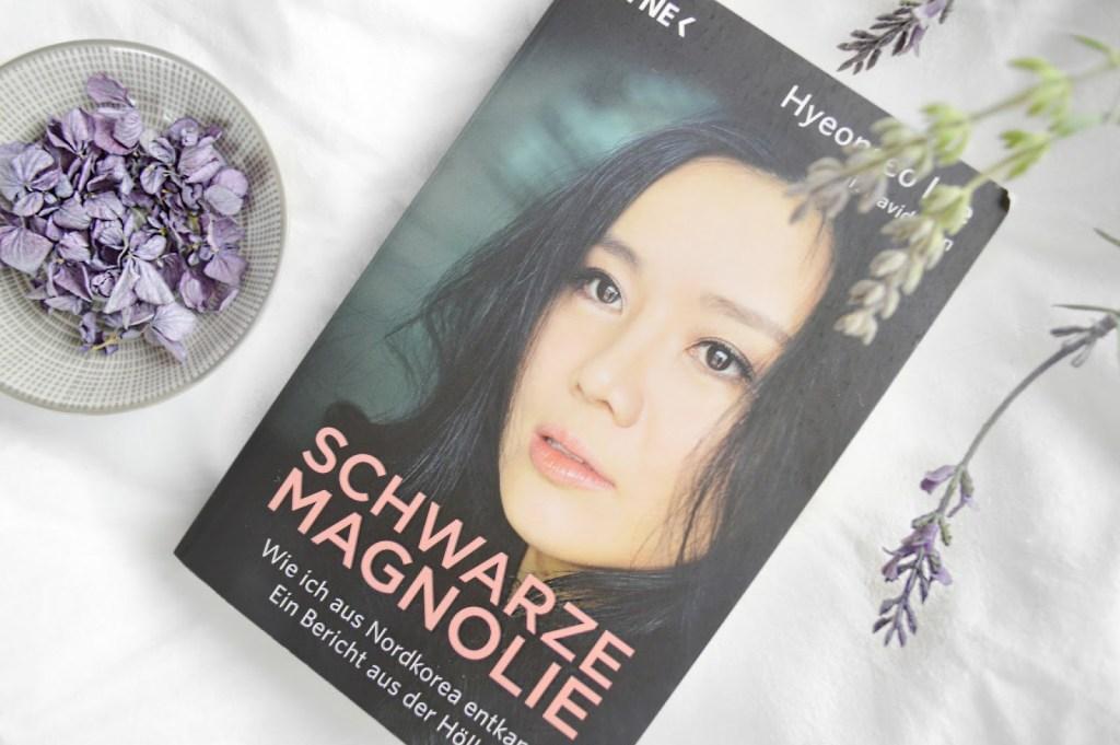 Rezension zu Schwarze Magnolie von Hyeonseo Lee