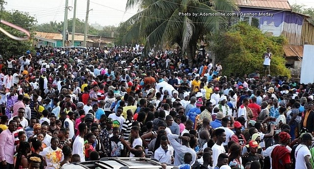 Video: Thousands Throng Gomoah Fetteh For Atopa Festival