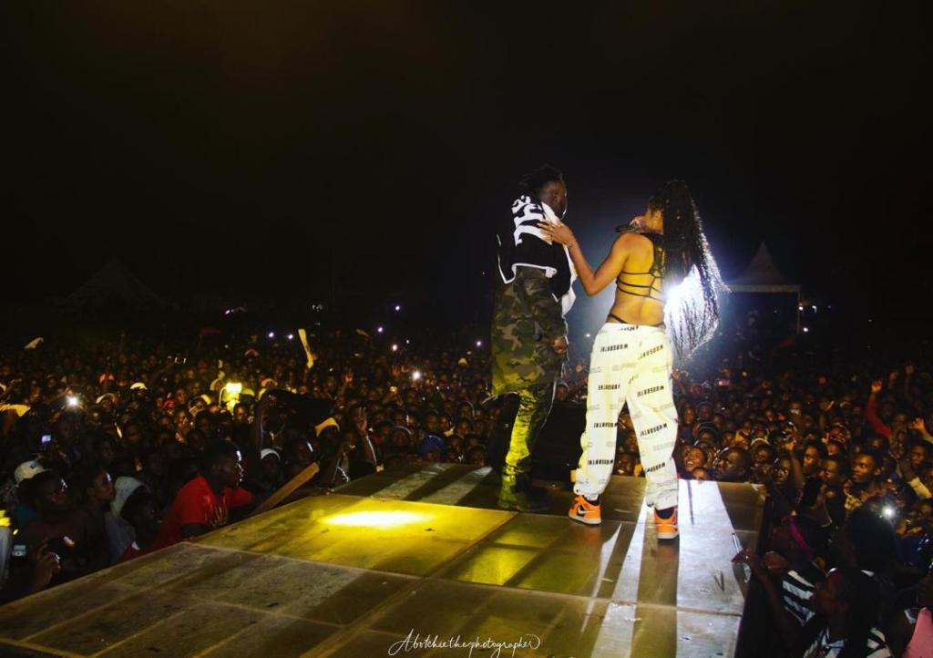 Eazzy and medikal at Sowutuom concert
