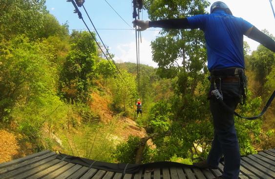 Ziplining Tour