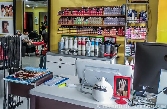 Chiang Mai Hair Salon Front Desk