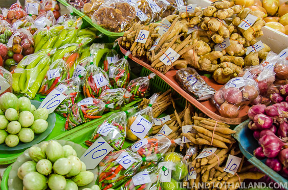 Thai Food Market: Expectations and Shopping Tips - Tieland