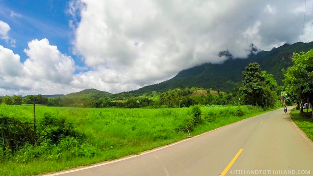 The road from Chiang Mai to Chiang Dao