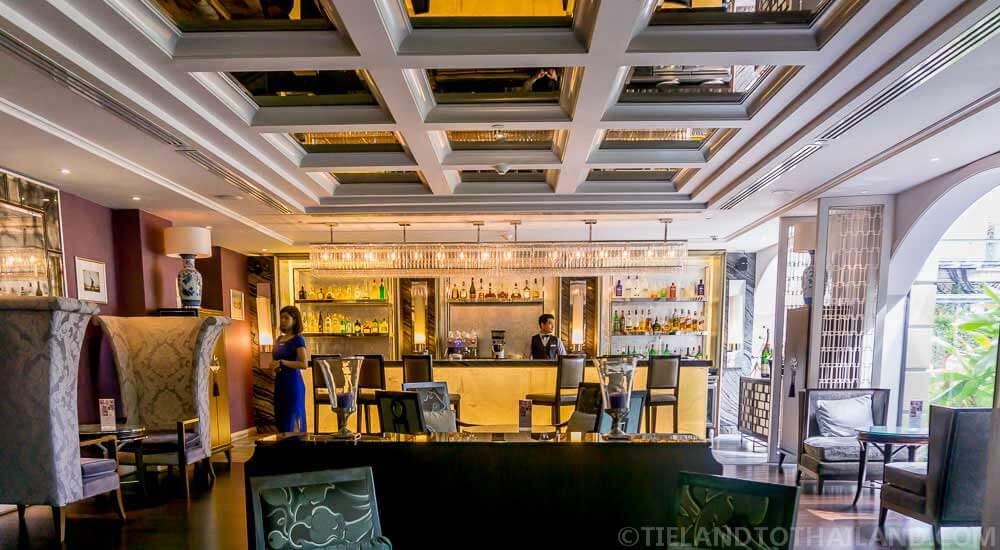 Sapphire Bar, a stunning bar in Bangkok's The Sukosol luxury hotel
