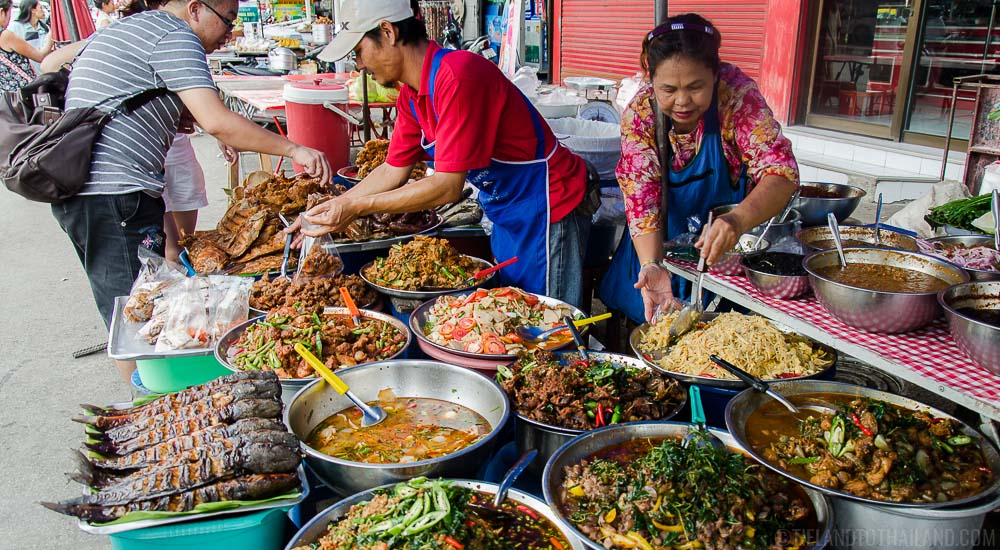 Thai street food safety 101: Eat from these bowls if they've just been put out