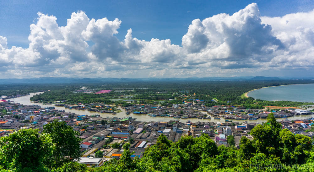 Things to do in Chumphon: Make a quick stop at the Khao Matsee Overlook