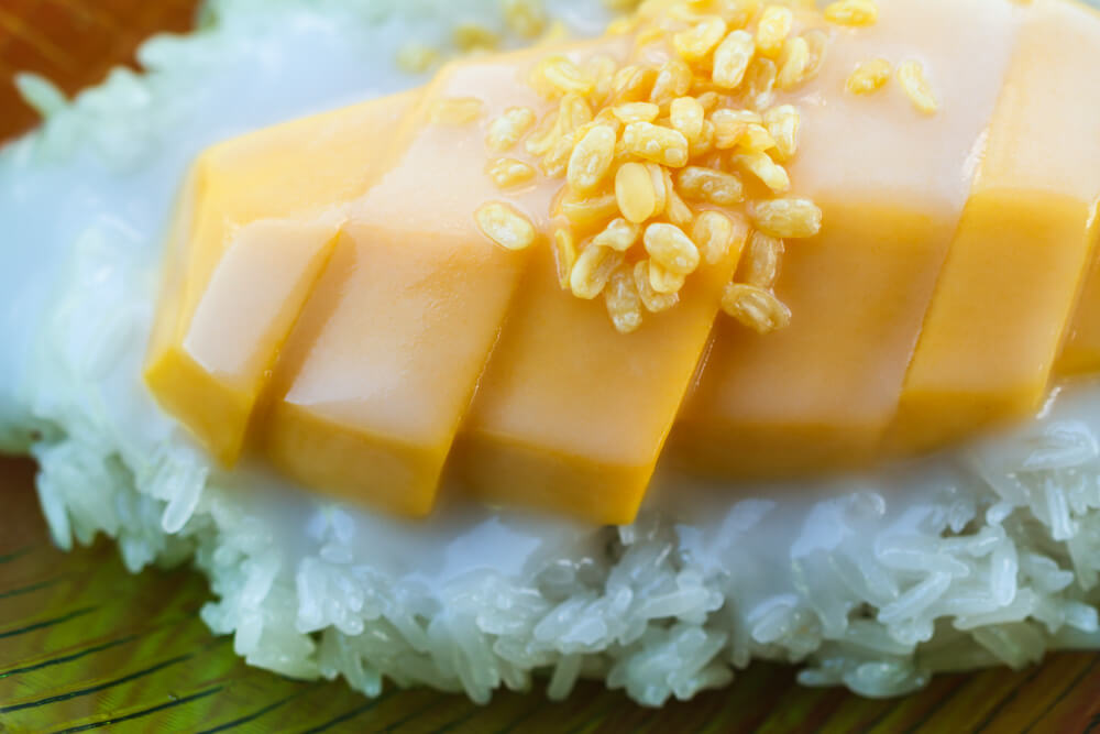 Mango Sticky Rice - Khao Nieow Mamuang | Food Guide to Thai Street Snacks