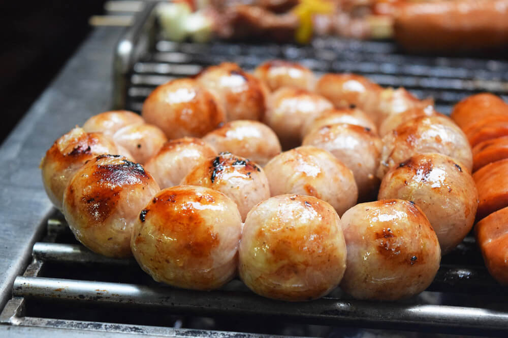 Isaan Sour Sausage - Sai Grok Isaan | Food Guide to Thai Street Snacks