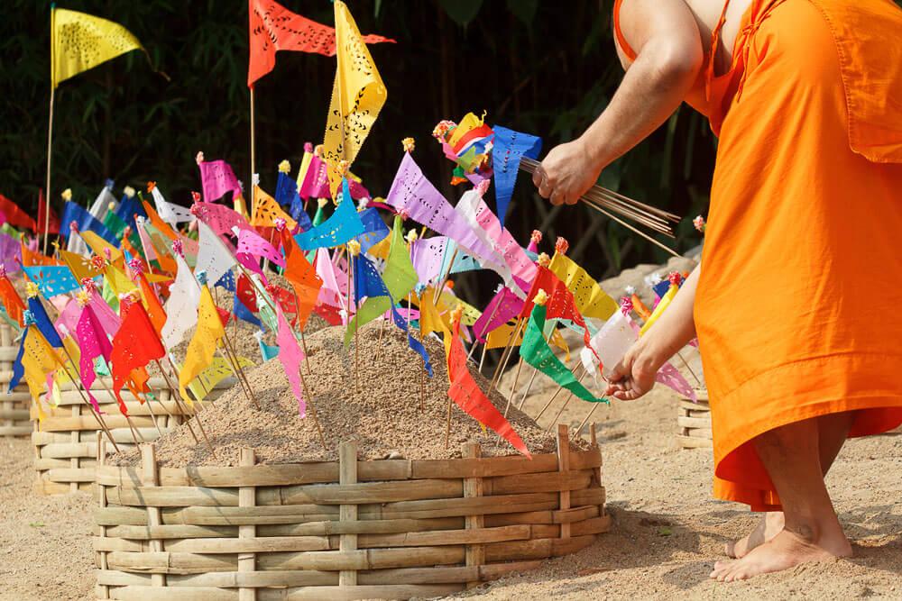 Baeng Saen Sand Pagodas   Where to Celebrate Songkran Top 10 Cities