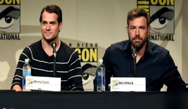Henry Cavill y Ben Affleck contestaron preguntas del público durante un panel en el San Diego Comic Con.