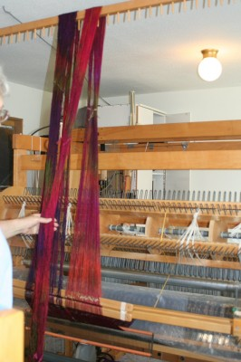 Warping using a warping valet (also called a trapeze)