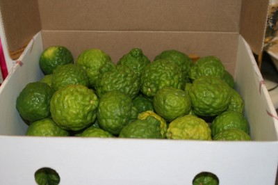 8 pounds of kaffir limes