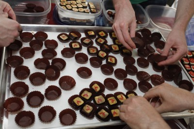 cupping the chocolates