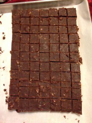 chocolate macadamia fudge