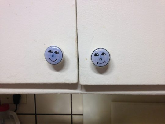 new cabinet pulls - blue faces!