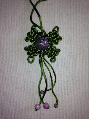 Pendant in Chinese knotwork