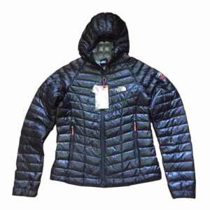 Campera The North Face Pluma Ultra Liviana Mujer
