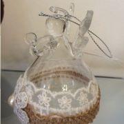 Angel de cristal con artesania de bordados