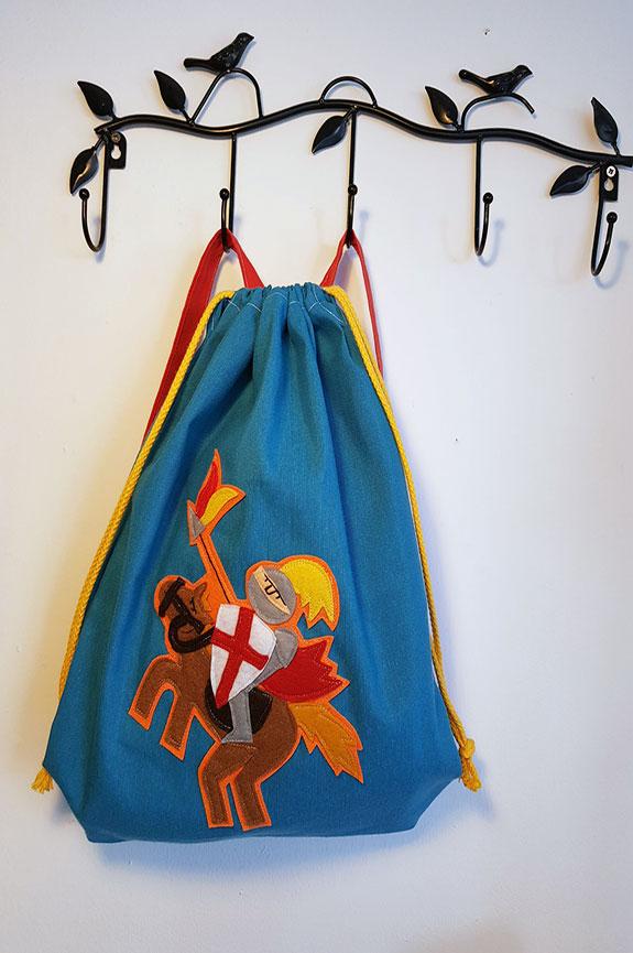 mochila infantil sant jordi