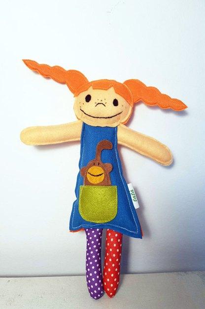 muñeca Pipi Calzaslargas