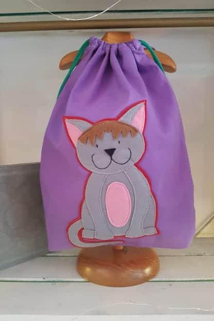 mochila infantil gato lila