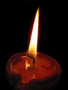Carina T. - Möglichkeiten der Bestattung (Kerze)