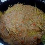 Spaghetti-mit-Sonnenblumenkern-Ragu