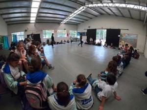 Asamblea en Colegio Tierra del Sur en Pinamar, Buenos Aires, Argentina