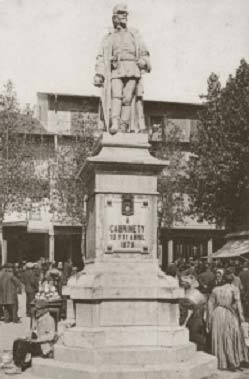 Estatua del general Cabrinetty.