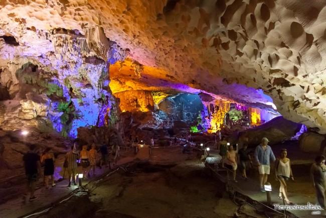 cueva hang sung sot